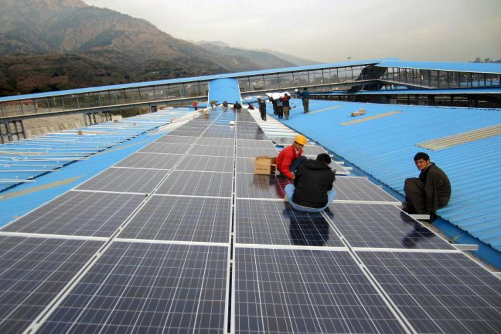 Rooftop Solar Panel Installation
